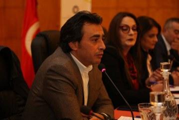 جوهر بن مبارك :  تونس تحكمها منذ عهد بورقيبة عائلات تحتكر الثروة و السلطة ….قانون المالية الحديد استفز مشاعر التونسيين