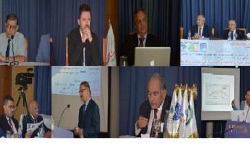 في ندوة دولية عربية افريقية بتونس :     سياسيون و اقتصاديون و عسكريون يقيمون المسار الديمقراطي و تحديات الأمن والتنمية