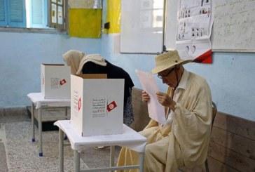 رئاسة تونس بين قانوني وسجين بعد انتخابات فاترة