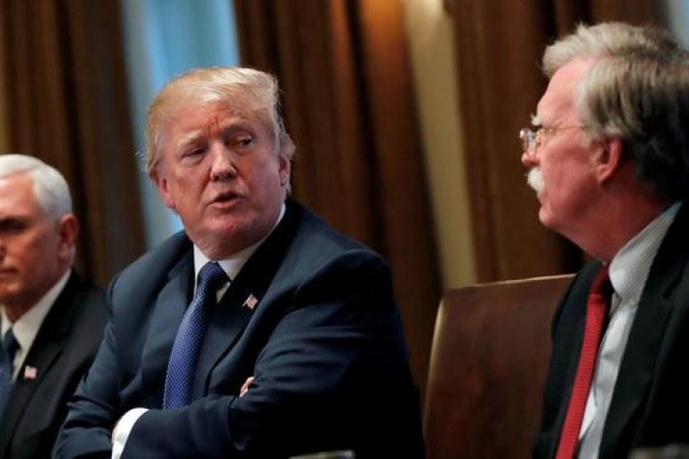 Avec le départ de John Bolton, la diplomatie de Donald Trump peut-elle changer ?