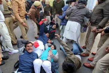 حكومة الهند تصعّد ضد المسلمين.. طوارئ بنيودلهي و قطع الإنترنت و ارتفاع عدد القتلى و المعتقلين